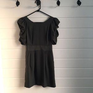 BCBGENERATION Green Shirred Sleeve Open Back Dress